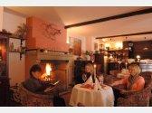 Restauracja Tarouca z  kominkiem